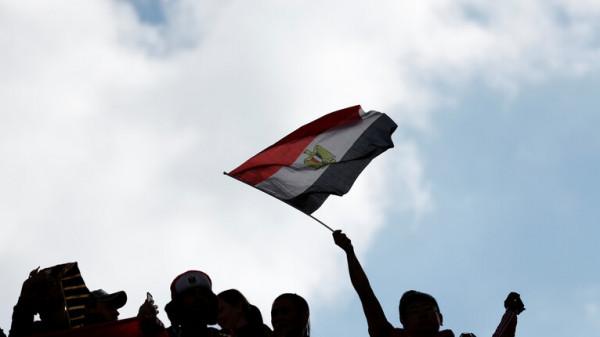 مصر: تجميد مشروع حكومي كبير بسبب 10 مليارات جنيه