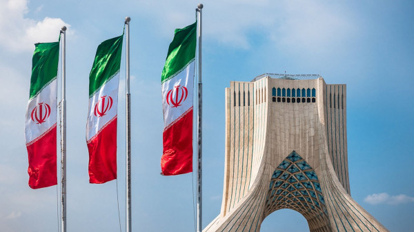 إيران: جاهزون لأي هجوم أمريكي محتمل