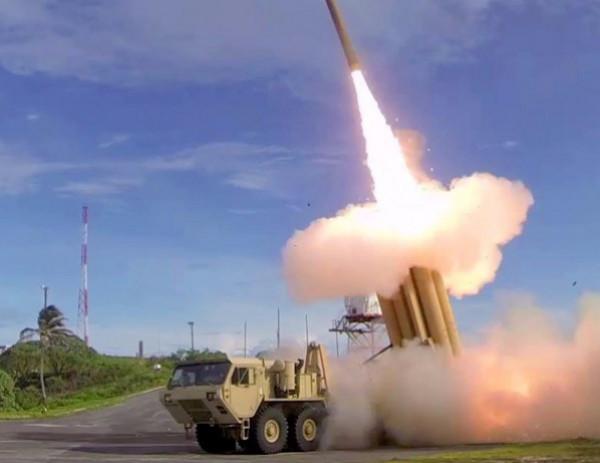 ماذا يعني استخدام جيش الاحتلال الوسائل الدفاعية على كافة طبقات الغلاف الجوي؟