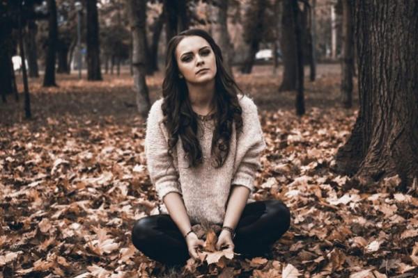 احذر اكتئاب الخريف.. نصائح لتتخطاه بسهولة