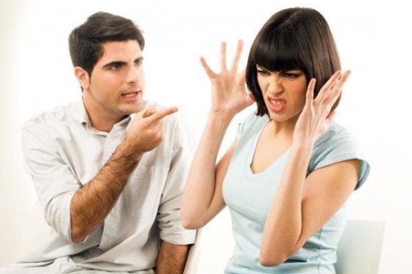 خلافات في علاقتك مع الشريك تدل على انتهاء علاقتكما
