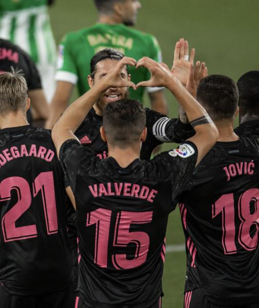 ريال مدريد يحقق أول فوز له في الدوري الإسباني   9999075744