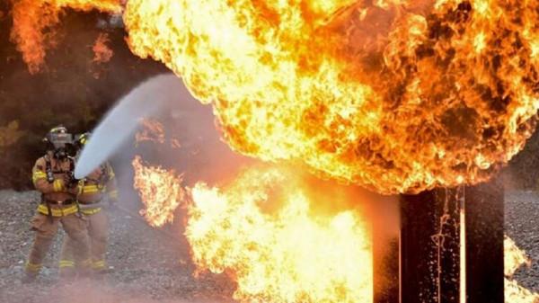 قتلى وجرحى بحريق مجهول في محطة وقود إيرانية