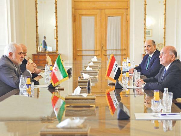 وزير خارجية العراق يبحث في طهران لجم (العناصر المسلحة)