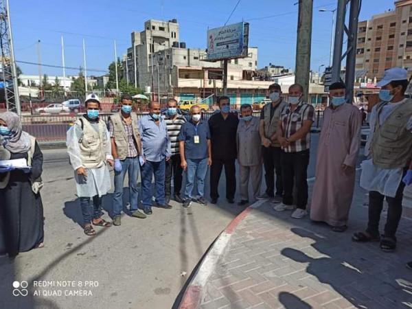 العربية الفلسطينية تنفذ حملة تعقيم مخيم البريج في مواجهة (كورونا)