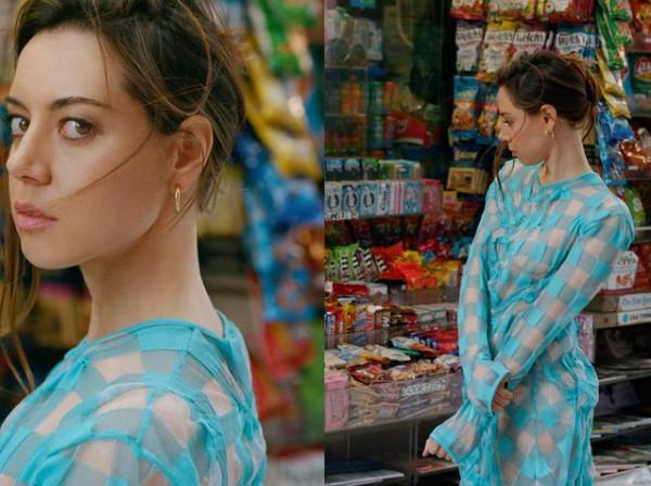 صور: إطلاله مثيرة للنجمة أوبرى بلازا في شوارع هوليود