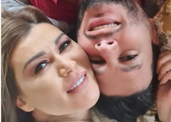 شاهد: تنمر قاس على نادين الراسي بسبب فارق العمر بينها وبين خطيبها