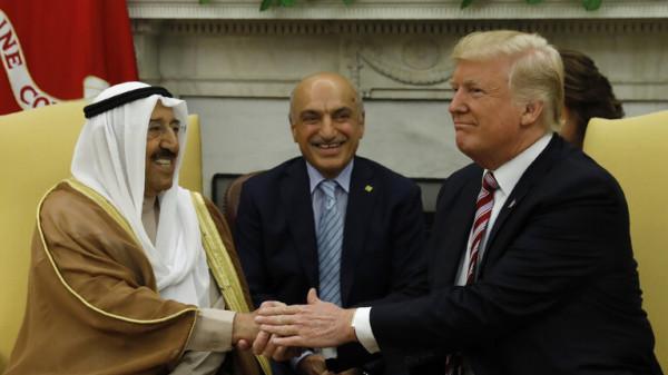 ترامب يعزي في أمير الكويت ويدعو كل دول الخليج للعمل من أجل المستقبل