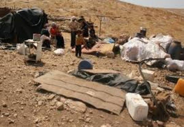 قوات الاحتلال تهدم مسكنا في قرية الجفتلك بالأغوار