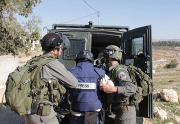 المركز يدين مصادرة قوات الاحتلال لسيارة تلفزيون فلسطين الرسمي في طوباس