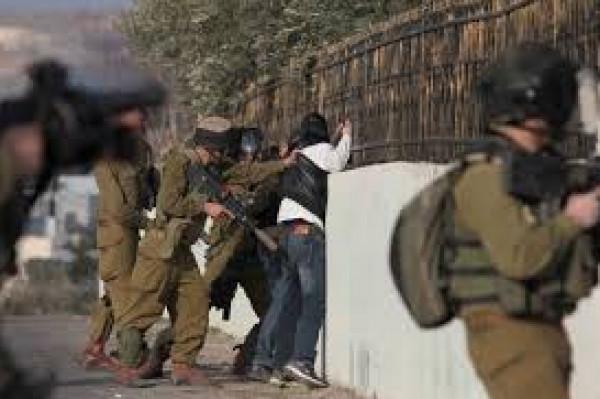نادي الأسير: الاحتلال يعتقل (37) مواطناً من الضفة بينهم (17) من القدس