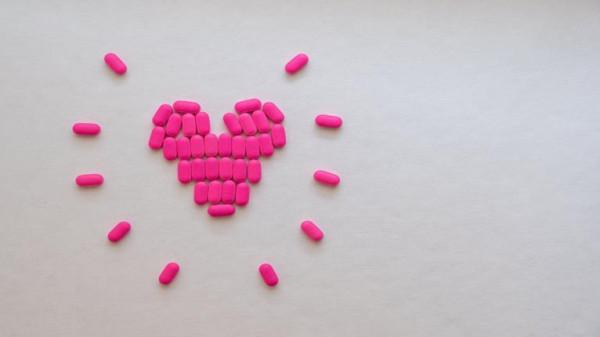 إحساسان غريبان على الجسم يكشفان نقص فيتامين (B12)