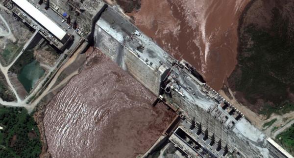 وزير الري المصري يحذر من ملء سد النهضة وتشغيله دون تنسيق