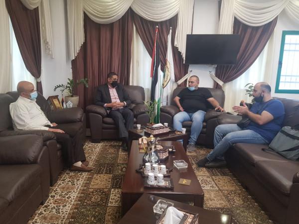 منتدى المثقفين يلتقي مدير جامعة القدس المفتوحة لأطلاق حاضنة الشباب الموهوبين