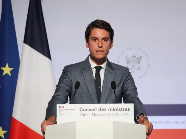 الحكومة الفرنسية: سيتم إغلاق مدارس وجمعيات تدعم التطرف