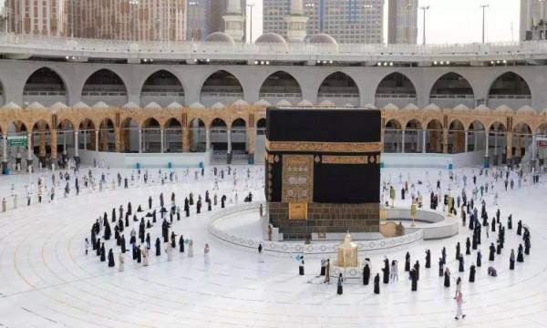 وزارة الحج والعمرة السعودية: نستعد لاستقبال المعتمرين من خارج المملكة