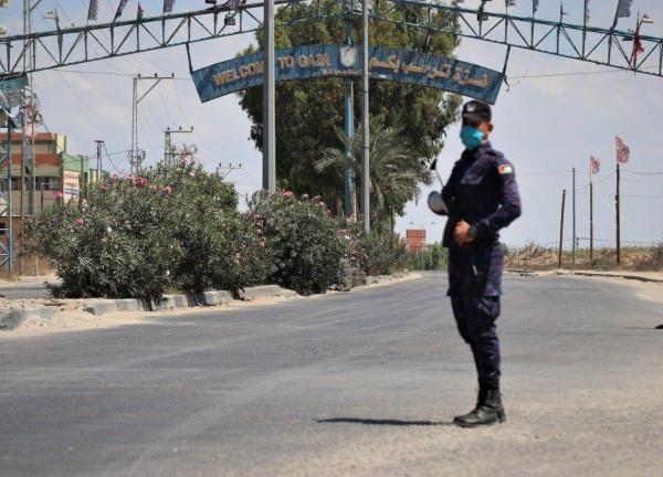 قيادي بحماس يدعو لإغلاق قطاع غزة أسبوع كامل لمواجهة (كورونا)