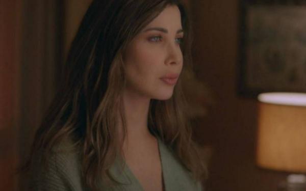 """نجوم لبنان يشيدون بـ """"إلى بيروت الأنثى"""" لنانسي عجرم وبقدراتها التمثيلية"""