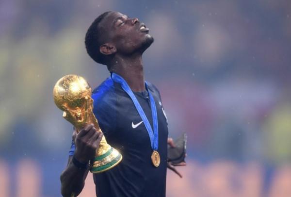تقارير إنجليزية: بوجبا يعتزل اللعب مع منتخب فرنسا بعد تصريحات ماكرون المسيئة للإسلام
