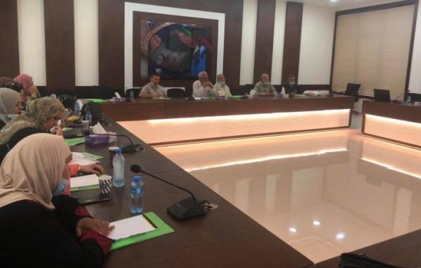 جمعية العمل النسوي تعقد ورشة حوار مع هيئة العمل التعاوني