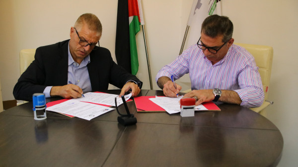 """جامعة بوليتكنك فلسطين توقّع اتفاقية تعاون مُشترك مع شركة الموزعون العرب """"A.D.C"""""""