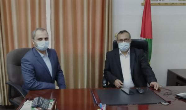 إيهاب الغصين يتسلم مهامه بمنصب وكيل وزارة العمل في غزة