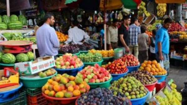طالع أسعار الخضروات والفواكه والدجاج في أسواق غزة اليوم الثلاثاء