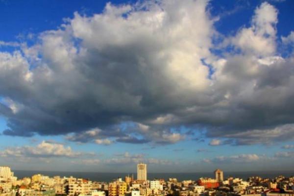 طقس الأربعاء: أجواء حارة في معظم المناطق الفلسطينية
