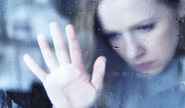 كيف يمكن للتكنولوجيا أن تساعدك على تجاوز الاكتئاب الشتوي خلال الجائحة؟