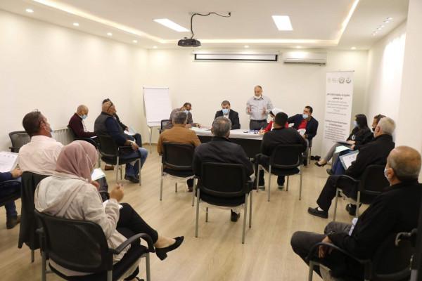نقابة عمال النقل في فلسطين تنظم اجتماع عمل موسع