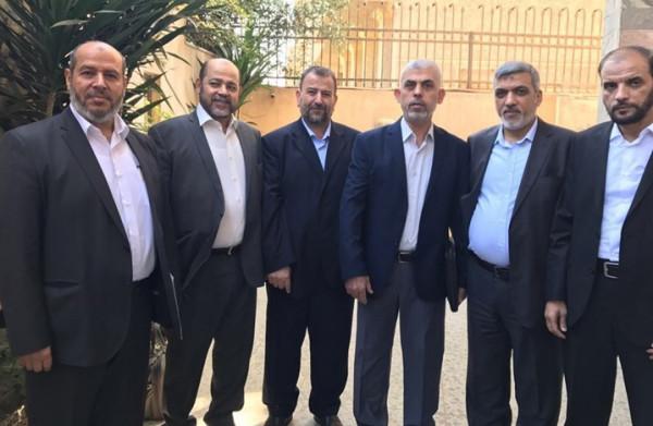 القانوع: وفد من حماس بالداخل والخارج غادر اليوم للقاهرة للقاء حركة فتح