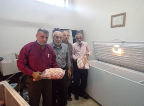 زكاة أريحا المركزية توزع اللحوم على عدد من الأسر المعوزة في المحافظة