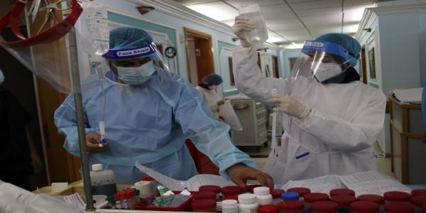 تجمع الأطباء الفلسطينيين يفتتح الدورة الثانية في طب العناية المركزة للكوادر الطبية بفلسطين