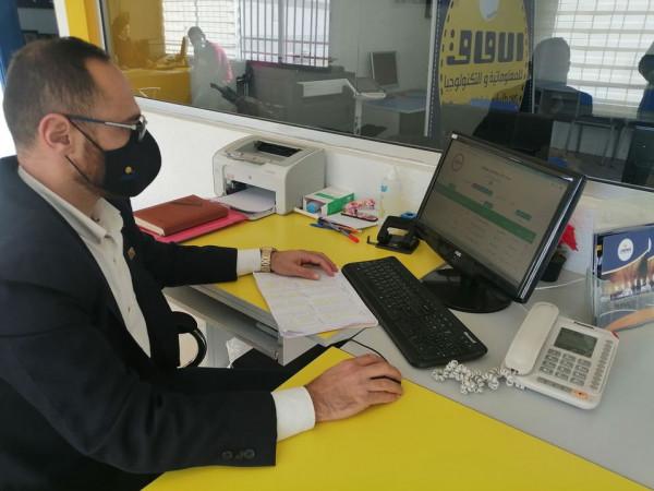 حسين خليفة: منصة الآفاق الالكترونية تقوم بدورها لخدمة الطلاب