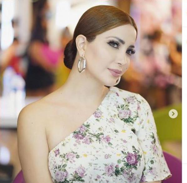 شاهد: نسرين طافش تستعرض نفسها بالطائرة وتُقلد ياسمين صبري