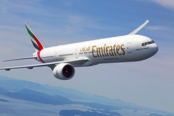 طيران الإمارات تعلن موعد وصول أول شحنة من لقاح (كورونا)