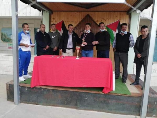 اختتام بطولة الشهيد ياسر عرفات للشطرنج بفوز ذكور الظاهرية الثانوية بالمركز الأول