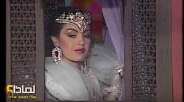 شريهان تتبرع بفستان (ألف ليلة وليلة) لضحايا بيروت