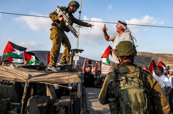 محكمة إسرائيلية تحكم بإجلاء 87 فلسطينياً من أراضيهم بالقدس