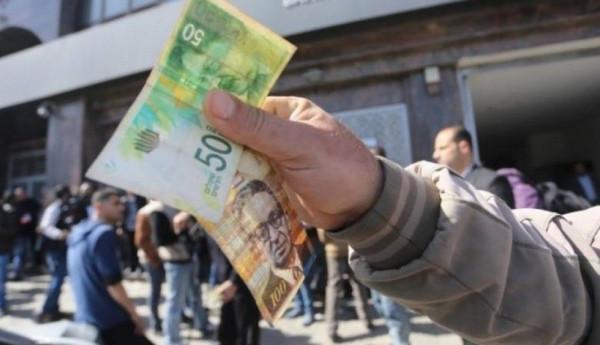 مصدر بوزارة المالية يُوضح حقيقة الأخبار المتعلقة برواتب ونسب الصرف لموظفي السلطة بغزة