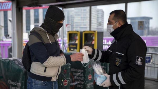 تركيا تسجل حصيلة يومية قياسية بعدد إصابات ووفيات فيروس (كورونا)