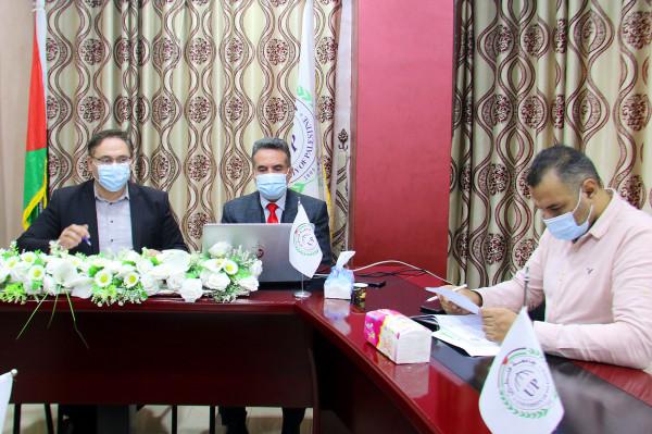 جامعة فلسطين تشارك عبر تقنية الزوم بانطلاق اليوم التعريفي لبرنامج إيراسموس بلس