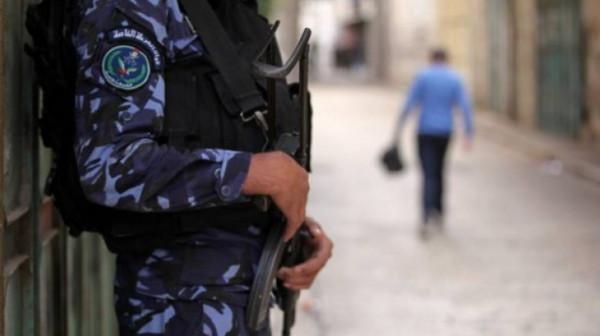 الشرطة بغزة تُغلق 122 محلاً ومنشأة تجارية مخالفة لإجراءات الوقاية