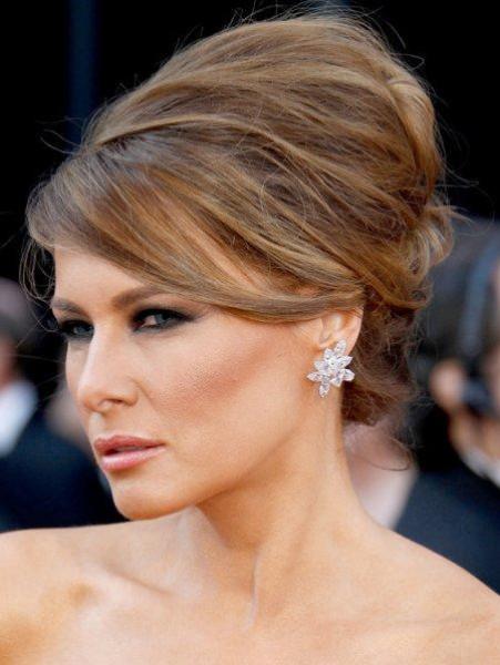 شاهد: ميلانيا ترامب  تتألق بالمجوهرات الماسية