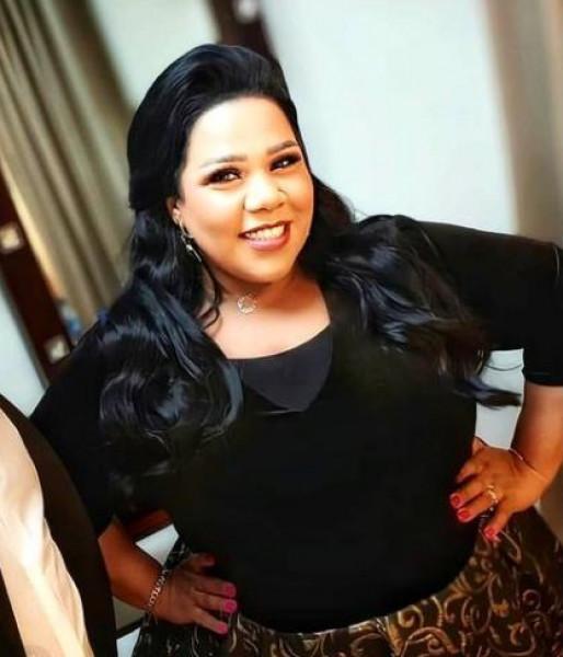 شيماء سيف لجمهورها: ادعوا لزوجي بالشفاء العاجل