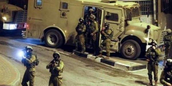 إصابات برصاص الاحتلال في محيط قبر يوسف بنابلس.. ومداهمات متفرقة بالضفة