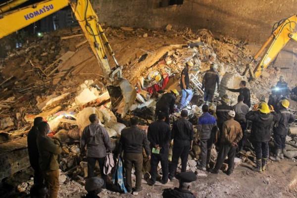 خمسة قتلى بانهيار مبنى سكني في الإسكندرية