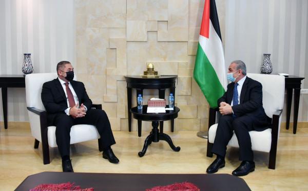 اشتية: المواقف الفلسطينية المصرية موحدة لمواجهة المرحلة المقبلة