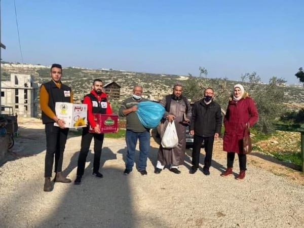 تنمية جنين وحملة الأمل تستهدفان قرية أم دار بمساعدات للعائلات المتعففة