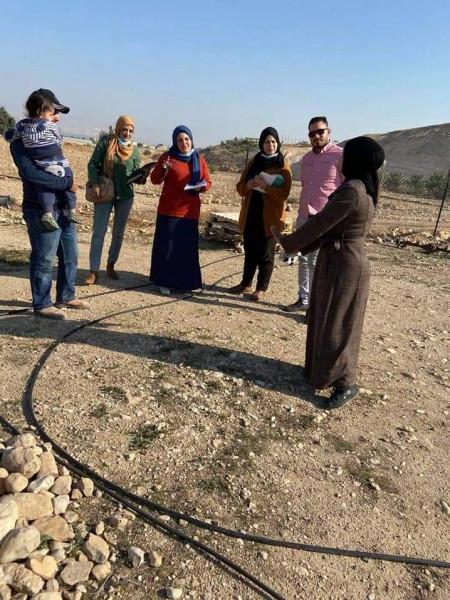 """تنمية اريحا تنفذ زيارات ميدانية للمستفيدات من مشروع """"إرادة"""" لتمكين النساء"""